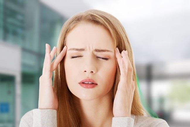 علائم سردردهای میگرنی کدامند؟