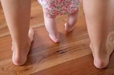 پای پرانتزی در کودکان