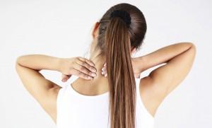 خشکی و گرفتگی گردن: علت و درمان