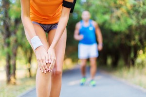 درد و التهاب کشکک زانو (علایم زانوی دوندگان): درمان و علت